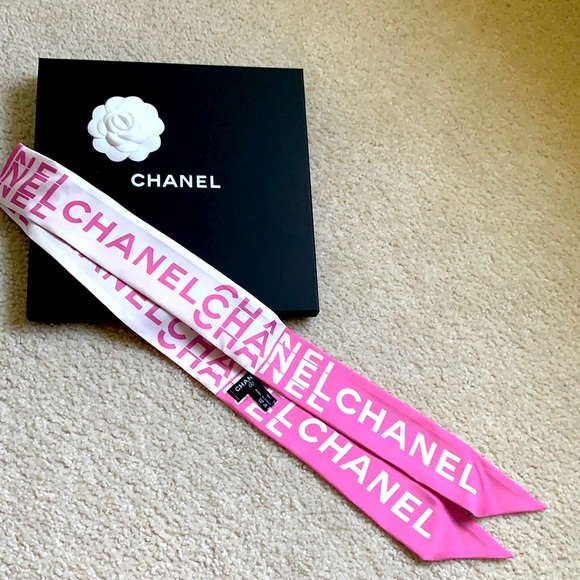 CHANEL 21S collection Slim Bandeau scarf
